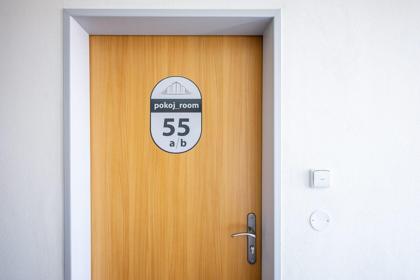 Vstup do pokoje – Ubytovna U Nádraží – Levné ubytování v Českých Budějovicích